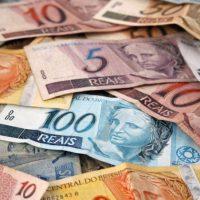 dinheiro-real-jeso-carneiro-flickr-800x451