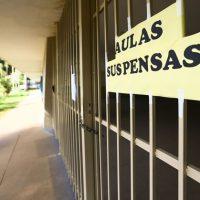 Governo do DF suspende aulas para evitar ampliação de casos do novo corona vírus.